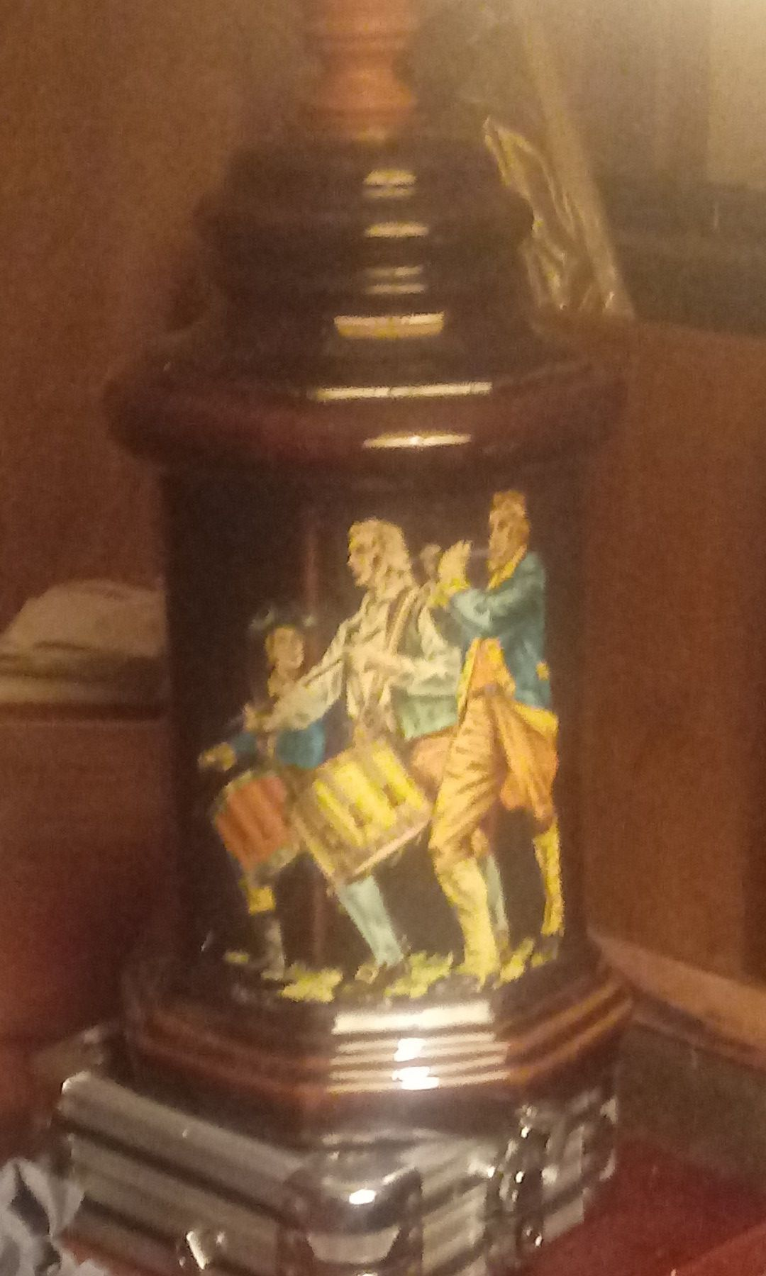Civil war lamp made hand made and painted..cool....history finest..