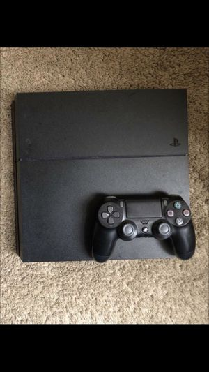 PS4 IN EXCELLENT CONDITION!!!! PLUS GAMES for Sale in Alexandria, VA