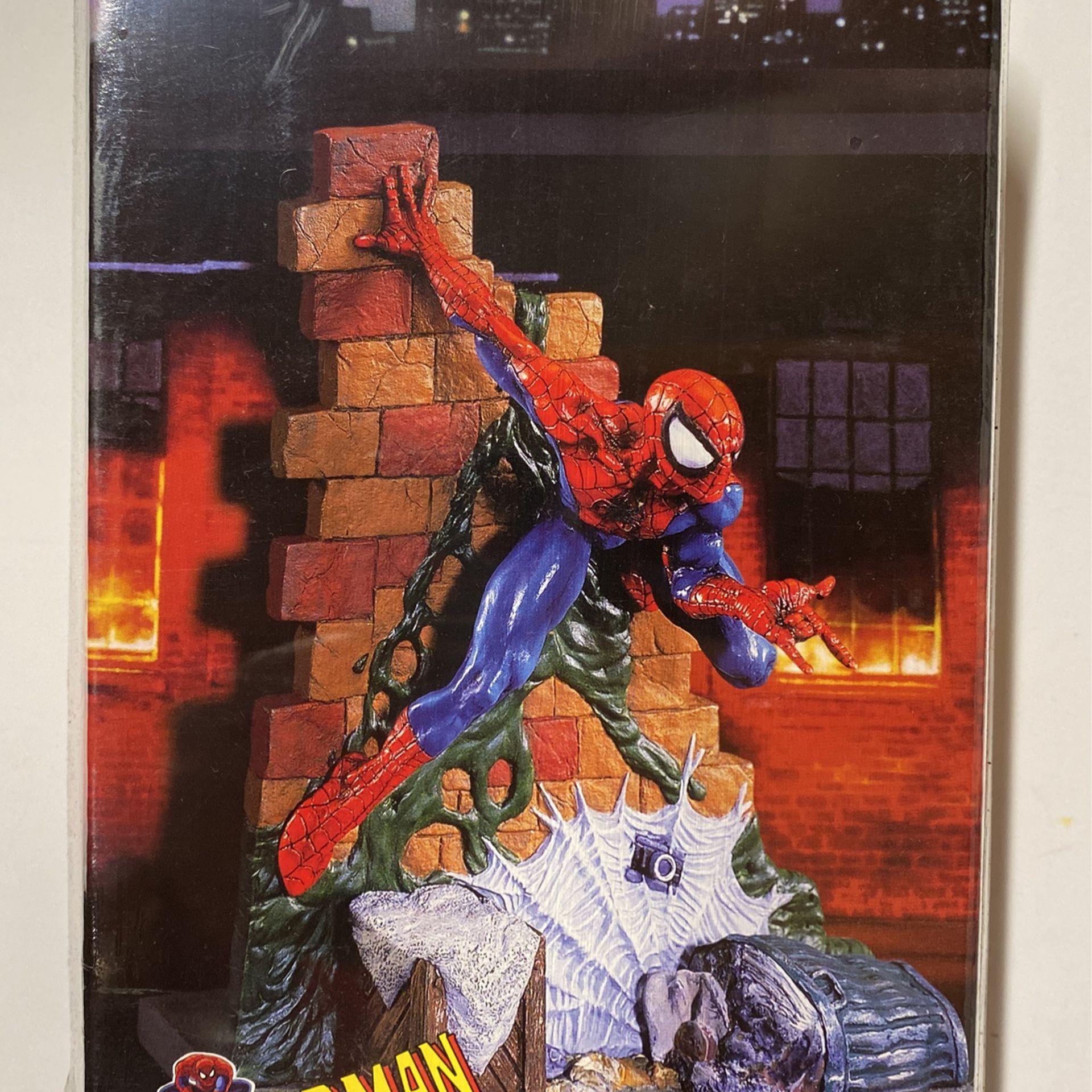 """Spiderman, Model Kit (1996) Toy Biz, """"Factory Sealed"""" (Spider-man) #48658 MIB"""