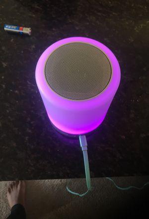 Light up Bluetooth speaker good quality for Sale in Alexandria, VA