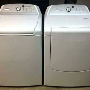 Photo New Hotpoint Washer & Dryer set from GE