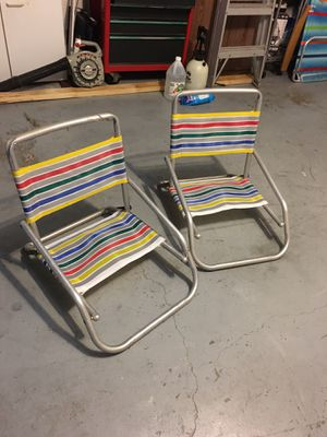 Photo Folding beach chairs $5 for both