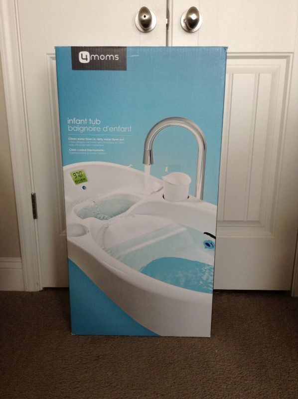 4moms infant bath tub new in box for Sale in Lawrenceville, GA - OfferUp