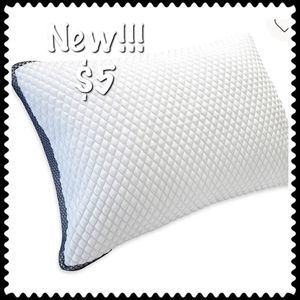 New!!! Bedding pillows pillow king queen standard - bed for Sale in Henderson, NV