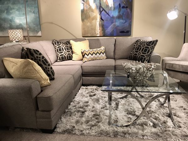 sectional   modern home furniture  for sale in lynnwood