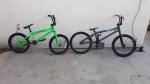 Photo PAIR OF 20 & 18 BMX BIKES REDLINE AND HARO