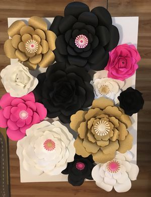 Paper flower backdrop for Sale in Woodbridge, VA