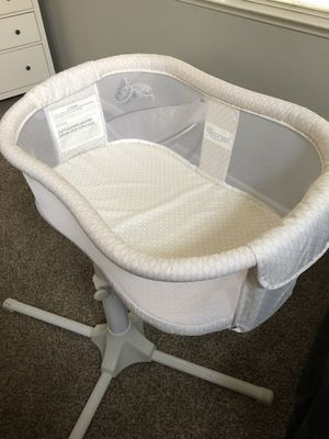 Halo Bassinet Like New for Sale in Lincoln, CA