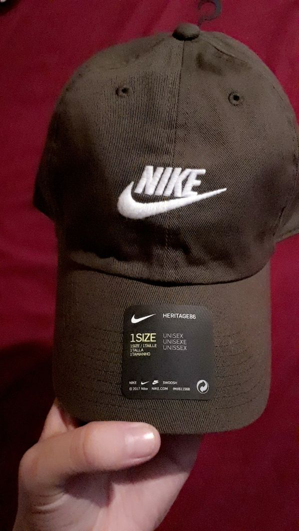 BRAND NEW NIKE HAT for Sale in Glendale 05e5857d198