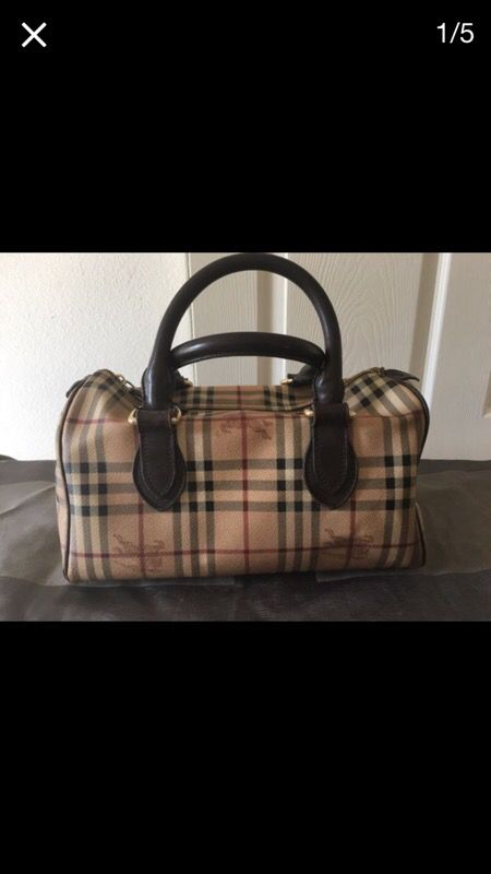 7579cc251d77 Burberry tote bag 14x9x12 for Sale in Los Alamitos
