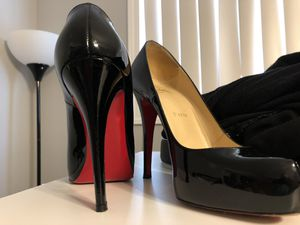 super popular 4f62b 1edea New and Used Christian louboutin heels for Sale in Carlsbad ...