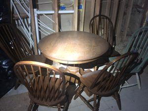 Hard Wood Dining Room Table 4 Chairs For In Wichita