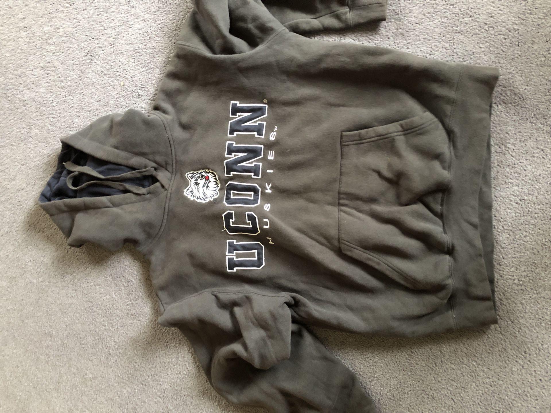 UConn Sweatshirt (Size M)