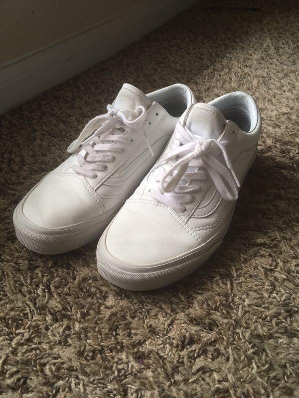 f99ace6d9e Mens Old Skool Vans Size 9 (White) for Sale in Houston