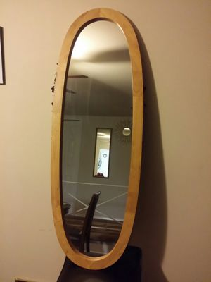Dressing mirror for Sale in Lanham, MD