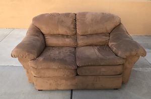 Photo Tan Suede Couch