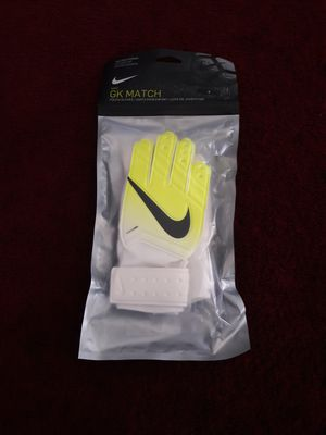 Nike Match JR goalie gloves for Sale in Los Angeles, CA
