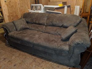 Comfy Sofa With 2 Throw Pillows - Gently Used for Sale in Kenbridge, VA
