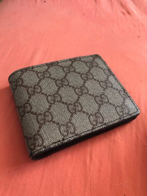 32064c691b83 New and Used Gucci wallet for Sale in St. Louis, MO - OfferUp