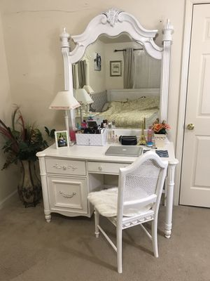 White solid wood desk, chair and mirror (vanity desk) for Sale in Purcellville, VA