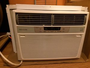 Fridgidare 12,000 BYU Window A/C #FRA125CT1 Cools up to 640sq. ft. for Sale in Baltimore, MD