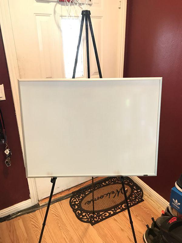 Office Depot Easel Plus Whiteboard 23x17 Business Equipment In Hayward Ca Offerup