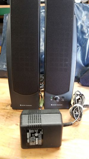 PC speakers. Use aux cable to enhance ur phone audio for Sale in Orlando, FL