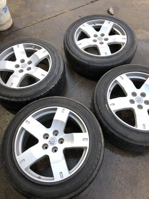 """Nissan wheels With Michelin tires 19"""" rim for Sale in College Park, MD"""