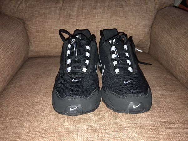 78beeee3ca4 Brand New Nike Air Max Runners size 10 for Sale in San Leandro