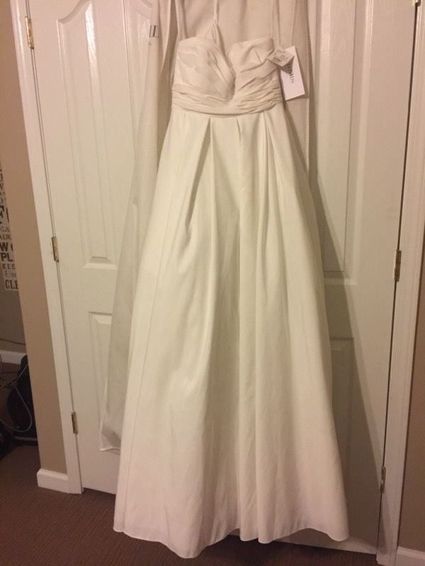 New David S Bridal Wedding Dress Strapless With Empire Waist Style Wg3707 Size 6 Clothing Shoes In Concord Nc Offerup
