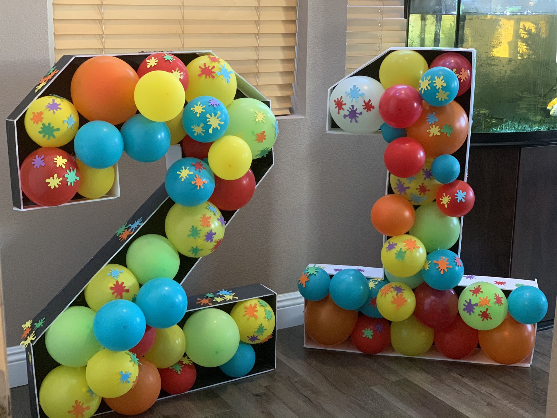 Mosaic Balloons number/letter