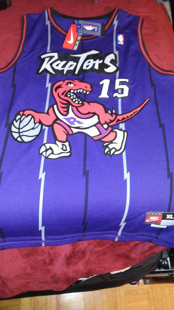 2d4e551e8 Retro Raptors Jersey Vince Carter Size XL for Sale in Hampton