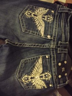 Rock Revival, Guess And Miss Me Jeans .. Thumbnail