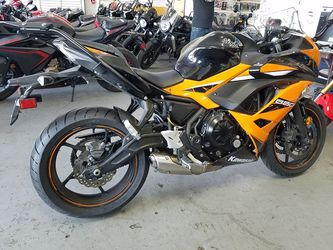 2019 KAWASAKI EX650 ABS  Clean Title Motorcycle 9,154 Miles Thumbnail