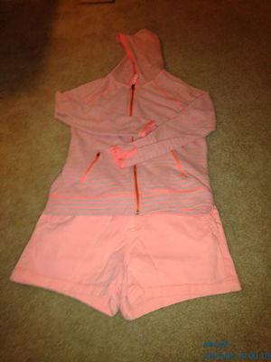 Cat and Jack Short Outfit (Size 14) for Sale in Wildomar, CA