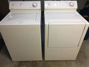Photo Maytag Washer and Dryer (Gas) Combo
