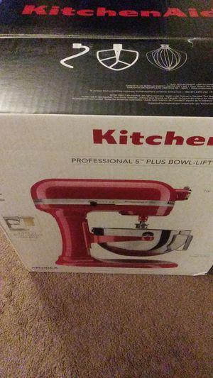 Kitchen aid pro 5 plus mixer for Sale in Alexandria, VA
