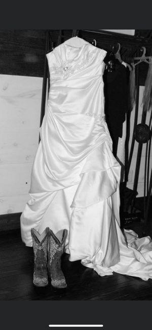 Photo Beautiful wedding dress size 12