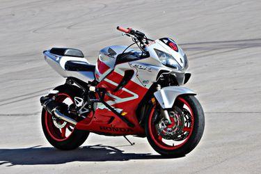 Honda F4i Stunt Bike