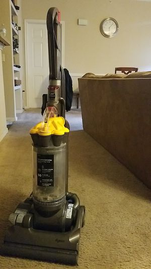 Dyson vacuum cleaner for Sale in Fort Worth, TX