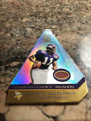 Photo Daunte Culpepper Crown Royale rare triangle shaped game used football card Minnesota Vikings