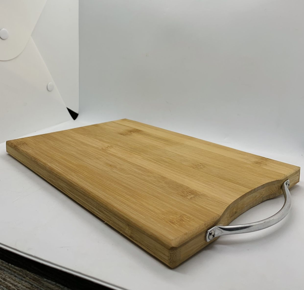Sexy peach laser engraved bamboo high quality cuttingboard pop gift