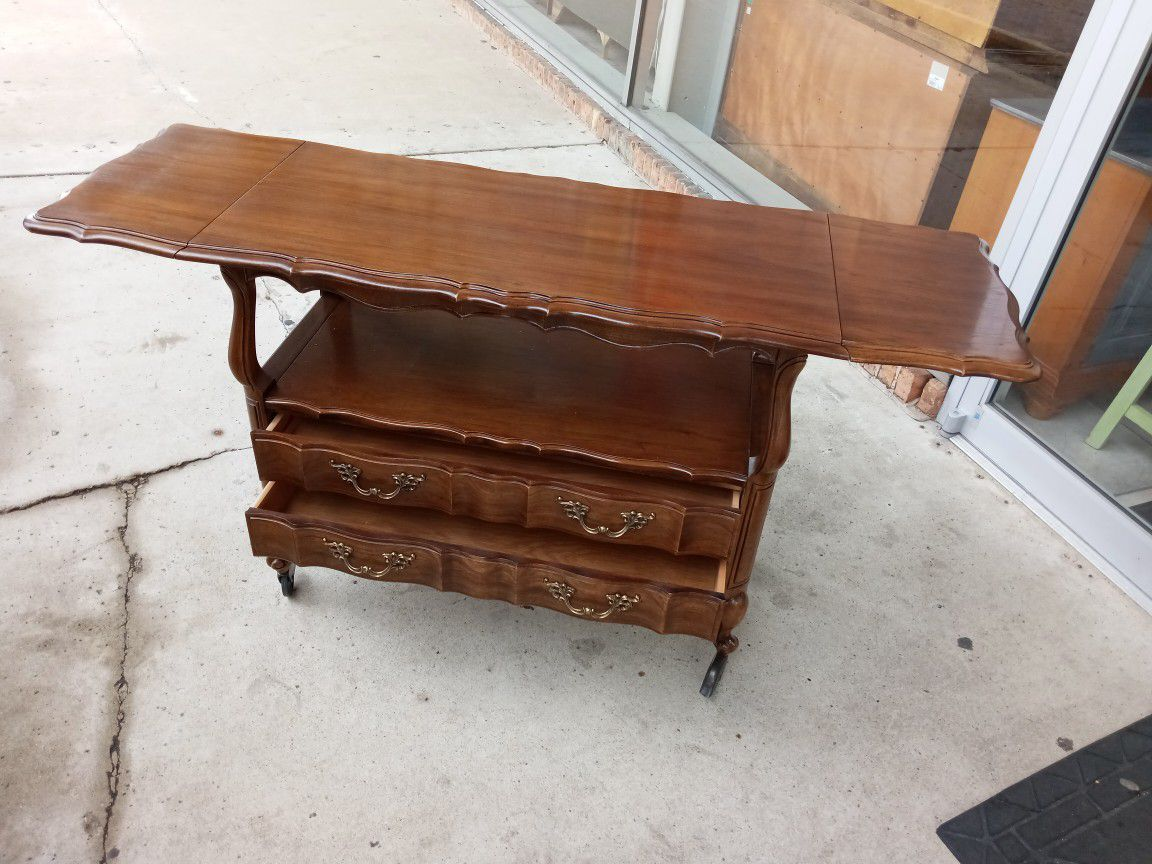 """French Provincial Thomasville Server/Coffee ☕ Bar/🍺 Cabinet...38""""×19""""x31"""" Tall"""