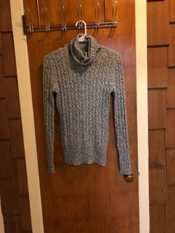 Sweaters and tops Thumbnail