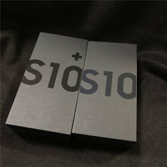 Samsung Galaxy S10,128GB Unlocked Like New