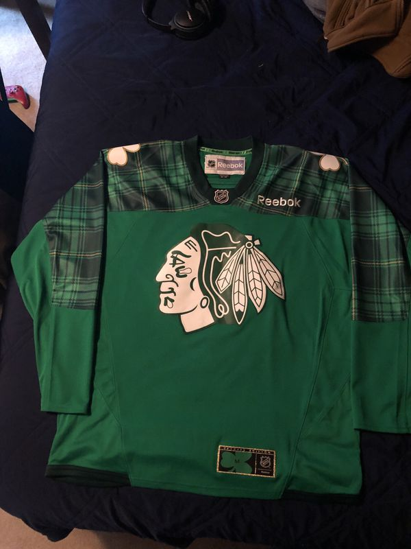 5e3bbe66c Chicago Blackhawks St. patty's day warm up jersey for Sale in ...