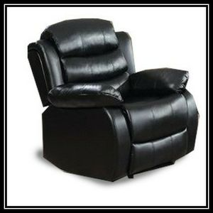 Black recliner chair free shipping for Sale in Hillcrest Heights, MD