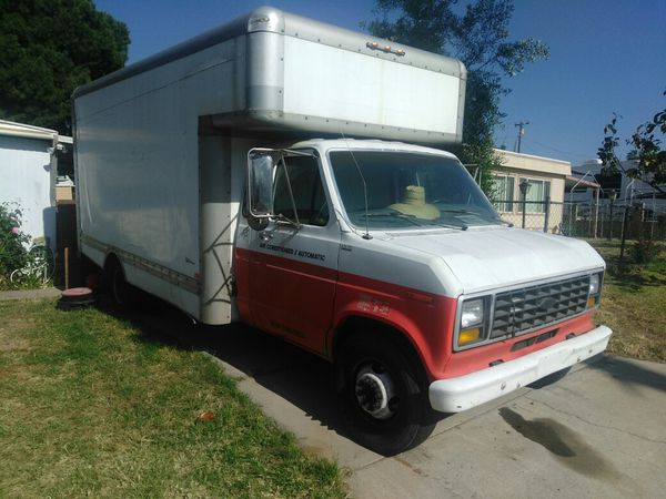 d2e792ae9c Diesel Box Van Moving Truck 24ft for Sale in Riverside