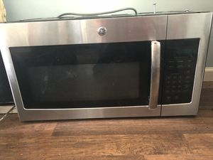 GE Microwave for Sale in Triangle, VA