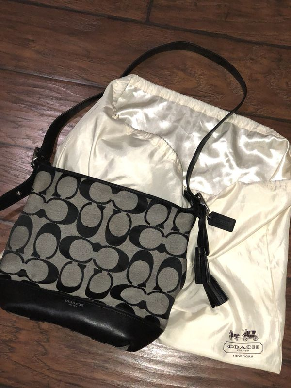 887a4ac5751e 100% authentic coach purse (Jewelry   Accessories) in Bonney Lake ...